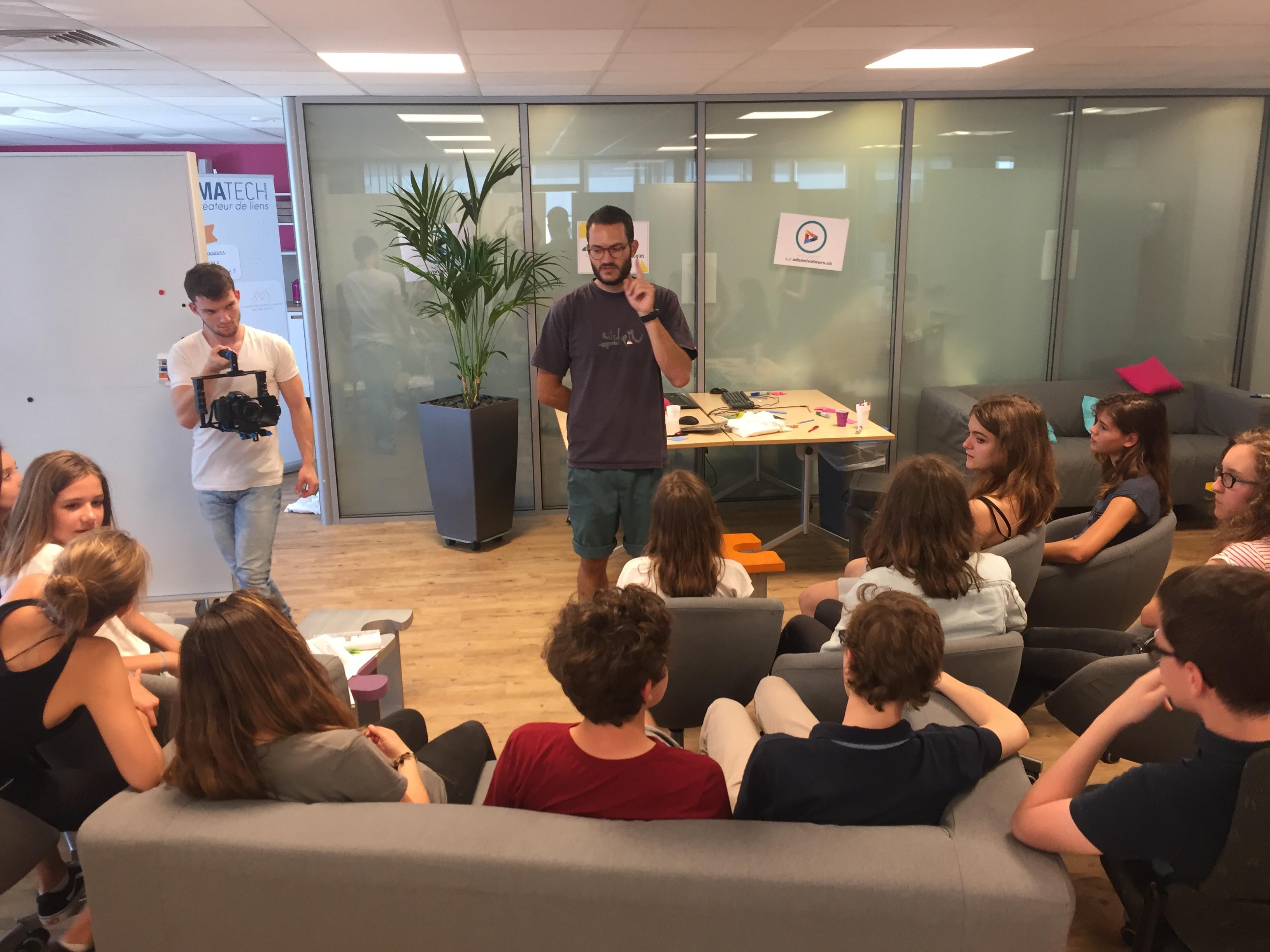 """[IMA Technologies] Nicolas et notre équipe de """"jeunes"""" s'attelant à la tâche"""
